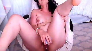 Sensual curly daddy's girl Alura fucks hairy creamy cunt